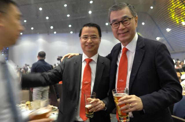 Sabeco bất ngờ đề nghị miễn nhiệm chủ tịch HĐQT Võ Thanh Hà - Ảnh 1.