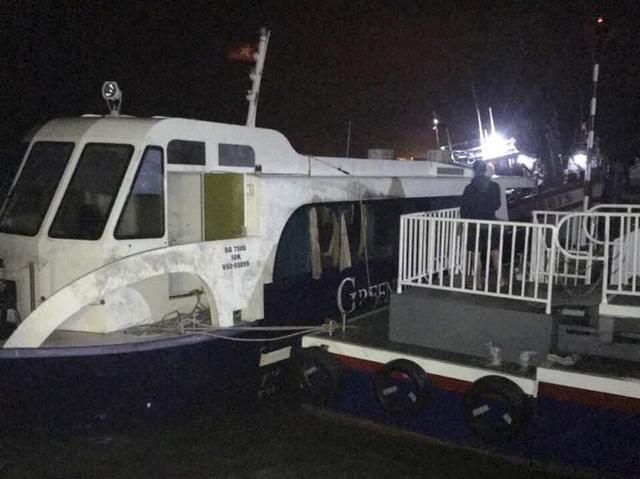 Gặp thuyền trưởng vụ chìm tàu ở Cần Giờ, đưa 42 người lên bờ - Ảnh 4.