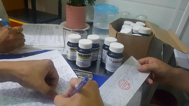 Thuốc chữa ung thư bằng bột than tre của Vinaca xuất hiện ở TP.HCM - ảnh 5