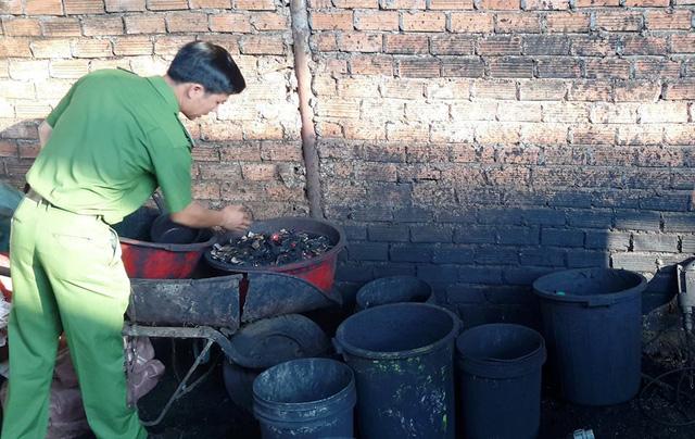 Sản xuất cà phê bột từ vỏ cà phê trộn... pin Con Ó - Ảnh 1.