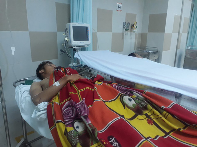 Nhà xưởng sập đè chết một công nhân, 3 người khác bị thương - ảnh 2