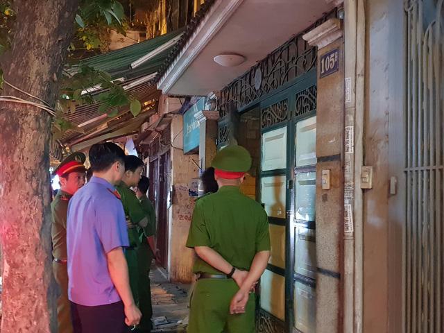 Khám nhà nguyên tướng tình báo Phan Hữu Tuấn ở Hà Nội - Ảnh 3.