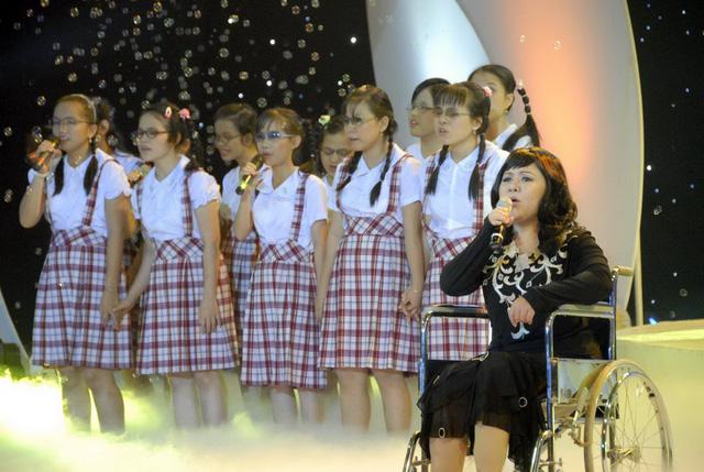 Chị Nguyễn Hướng Dương đã về với mặt trời - Ảnh 2.