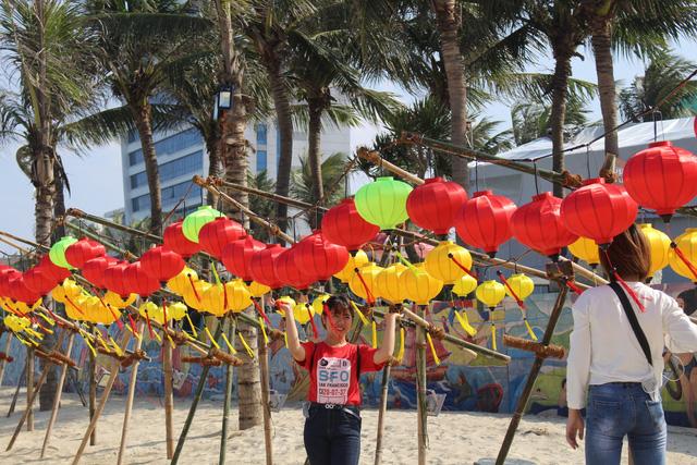 Mùa du lịch biển hút khách dịp lễ 30-4, 1-5 - Ảnh 5.