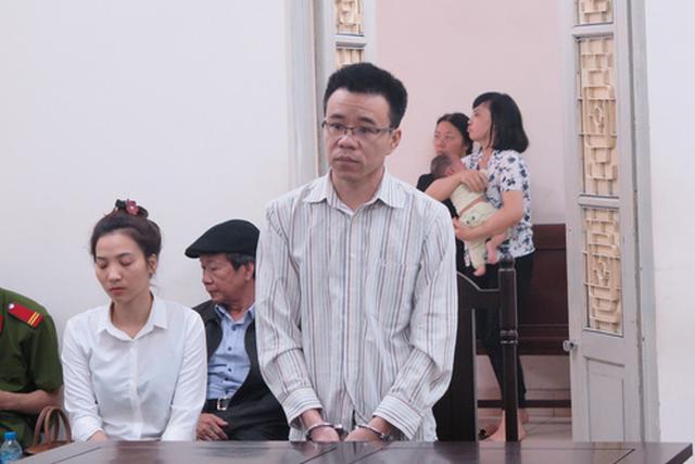 Bị phạt 14 năm tù vì lừa chạy án cho bạn tù - Ảnh 1.