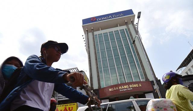 Sai phạm tại Ngân hàng Đông Á: 8 năm không ai phát hiện - Ảnh 1.