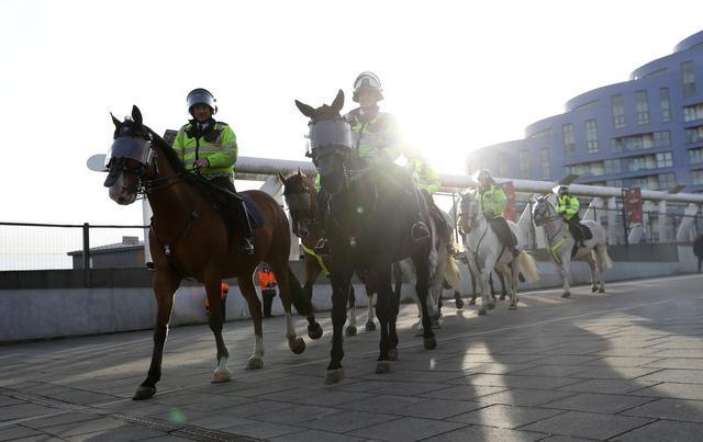 london-police-3-15232746951721728571971.jpg