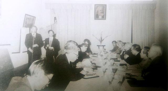 Mỏ dầu Bạch Hổ: Cuộc tiếp quản tháng 5-1975 - Ảnh 1.