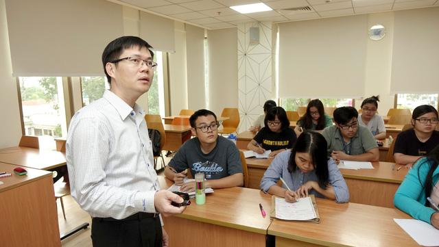 Giảng viên tìm cách ngăn bệnh béo phì, tiểu đường cho người Việt - Ảnh 1.