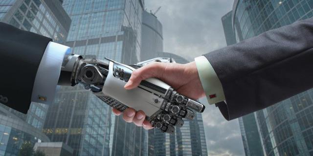 Phó chủ tịch Microsoft toàn cầu: AI sẽ định nghĩa lại 50% các công việc - Ảnh 1.