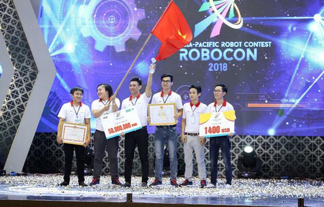 Đội LH-ATM vô địch Robocon Việt Nam 2018 - Ảnh 1.