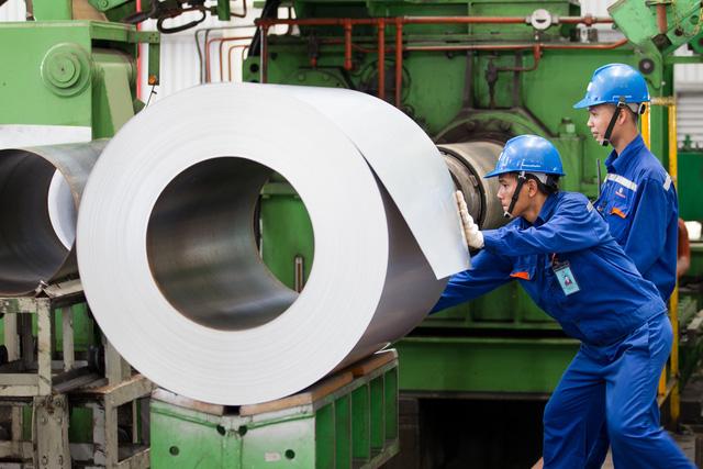 Công ty Cổ phần Tôn Đông Á:  Vững bước trên chặng đường  nâng tầm chất lượng sản phẩm - Ảnh 2.