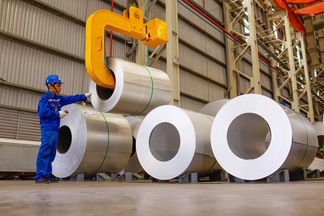 Công ty Cổ phần Tôn Đông Á:  Vững bước trên chặng đường  nâng tầm chất lượng sản phẩm - Ảnh 1.
