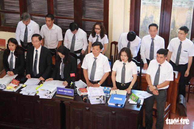 Xét xử bác sĩ Lương: Yêu cầu triệu tập cựu GĐ bệnh viện không được đáp ứng - Ảnh 4.