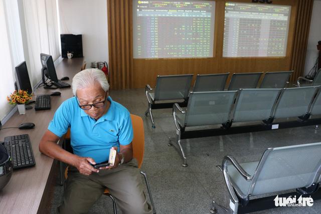 Cổ phiếu Vinhomes của tỉ phú Phạm Nhật Vượng chuẩn bị lên sàn, người người đổ tiền mua cổ phiếu Vingroup