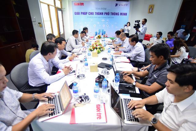 Doanh nghiệp viễn thông tham gia xây dựng đô thị thông minh - Ảnh 1.