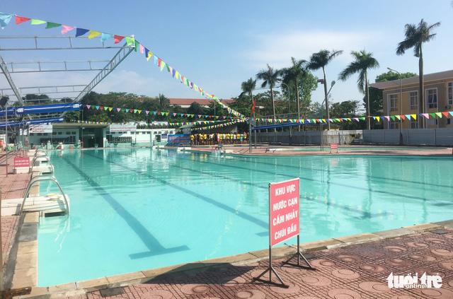 Tắm ở bể bơi Quân khu 4, một phụ nữ bị điện giật nhập viện - Ảnh 3.
