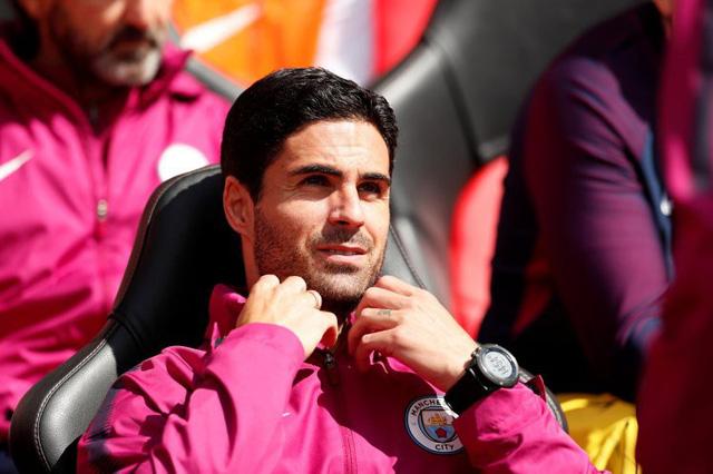 tipmobi Arsenal thay máu đội ngũ huấn luyện bằng Arteta?