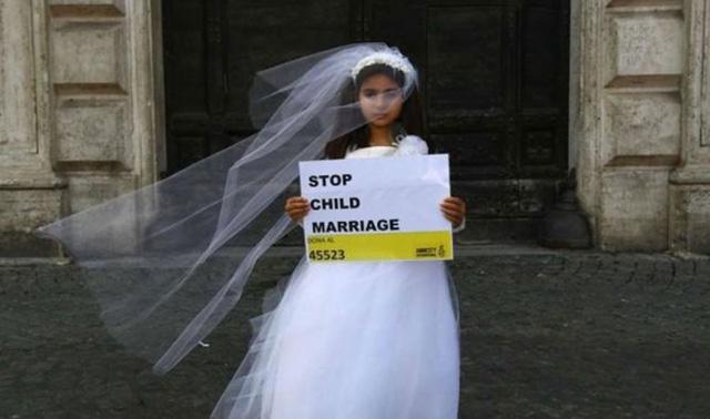Indonesia đau đầu với đám cưới trẻ con - Ảnh 1.