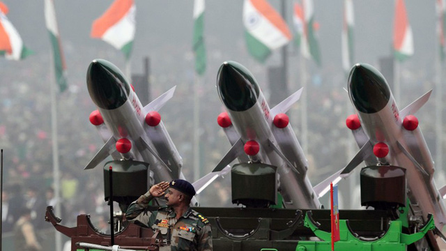Chi tiêu quốc phòng châu Á tăng vọt do căng thẳng khu vực - Ảnh 1.