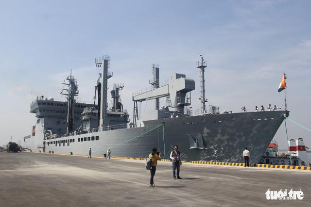 Đà Nẵng đón cùng lúc 3 tàu hải quân Ấn Độ vào thăm - Ảnh 4.