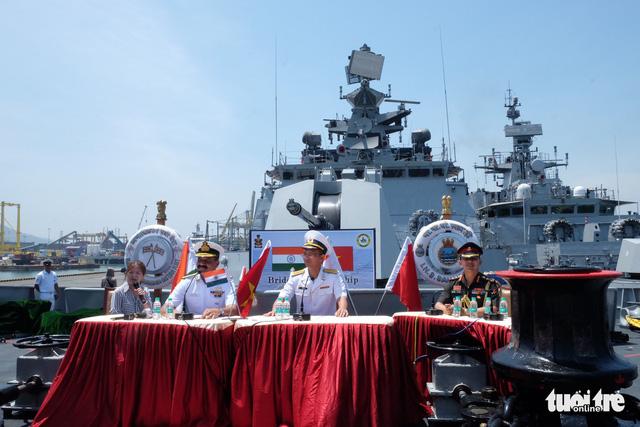 Đà Nẵng đón cùng lúc 3 tàu hải quân Ấn Độ vào thăm - Ảnh 3.