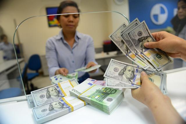 Tỉ giá USD tháng 6 sẽ biến động ra sao? - Ảnh 1.