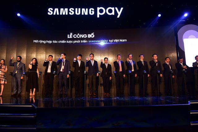 Samsung Pay: Cú hích lớn cho kinh tế không tiền mặt - Ảnh 2.