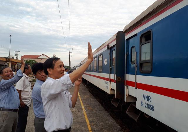 Nhà nước vẫn độc quyền, đường sắt sẽ tự rơi vào khủng hoảng - Ảnh 1.