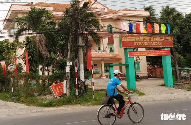 Kỷ luật phó chủ tịch thị trấn Ba Chúc xài bằng giả - Ảnh 1.