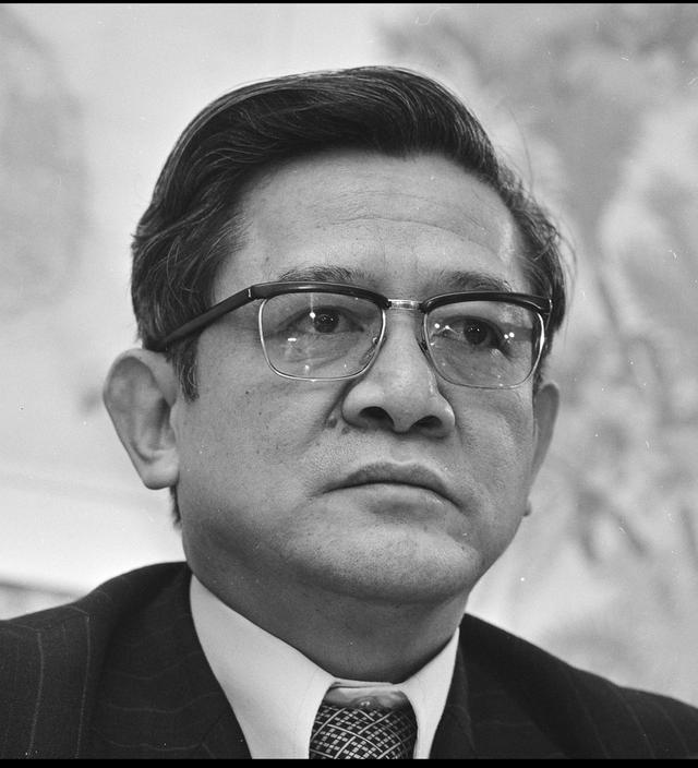 Nhà ngoại giao kỳ cựu Võ Văn Sung từ trần - Ảnh 1.