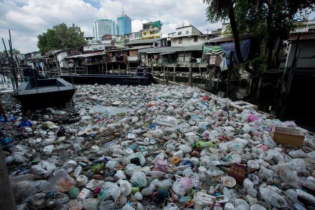 Phía sau thiên đường du lịch là... rác nhựa - Ảnh 1.