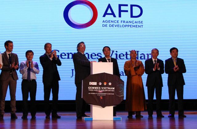 Nghiên cứu tác động kinh tế của biến đổi khí hậu tới Việt Nam - Ảnh 1.