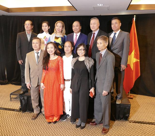 Thủ tướng gặp bà con người Việt ở Canada - Ảnh 4.
