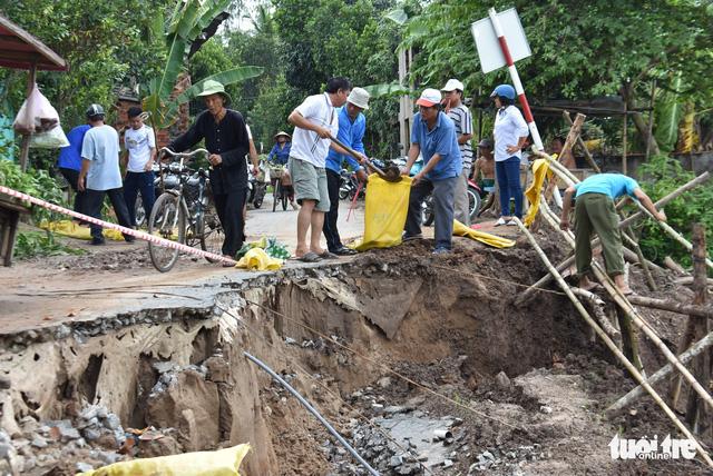 Sạt lở nhiều ở An Giang là do mưa và biến đổi dòng chảy - Ảnh 3.