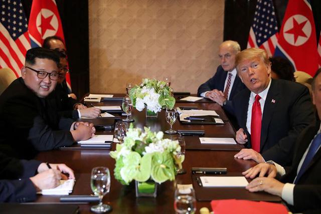 Ông Trump gặp ông Kim: Hy vọng về một quan hệ cực kỳ tốt - Ảnh 1.