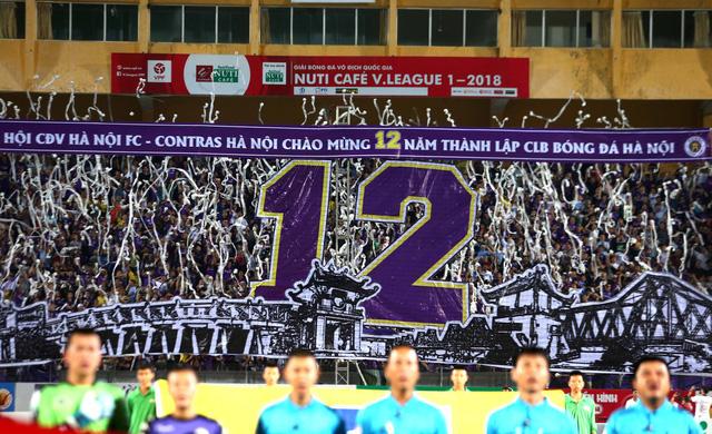 Thắng Than Quảng Ninh 4-1, Hà Nội không có đối thủ sau lượt đi - Ảnh 2.