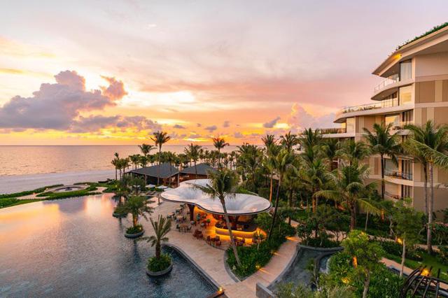 Chào đón mùa hè đầu tiên cùng InterContinental Phu Quoc Long Beach Resort - Ảnh 1.
