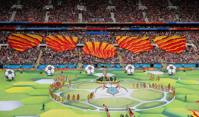 Lễ khai mạc World Cup 2018 đầy màu sắc - Ảnh 3.
