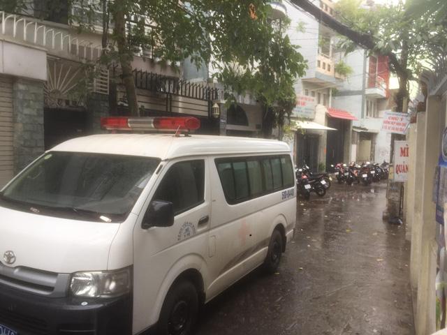 Phát hiện 2 cha con chết trong nhà gần chợ Tân Bình, TP.HCM - Ảnh 2.