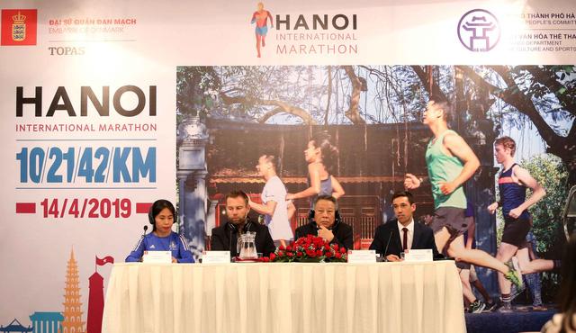 Hà Nội lần đầu tiên tổ chức giải marathon quốc tế - Ảnh 1.
