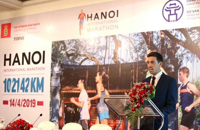 Hà Nội lần đầu tiên tổ chức giải marathon quốc tế - Ảnh 2.