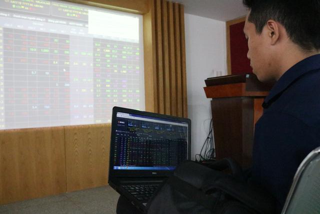 FED tăng lãi suất sẽ tác động như thế nào đến thị trường chứng khoán Việt Nam?