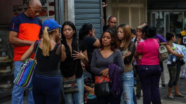 Giẫm đạp trong tiệc cuối năm học ở Venezuela, 17 người chết  - Ảnh 1.
