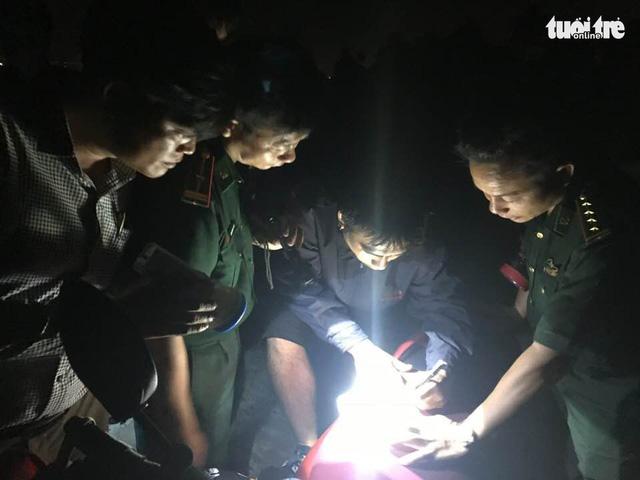Du khách Philippines bị lạc khi đi bộ mạo hiểm băng rừng Sơn Trà - Ảnh 1.
