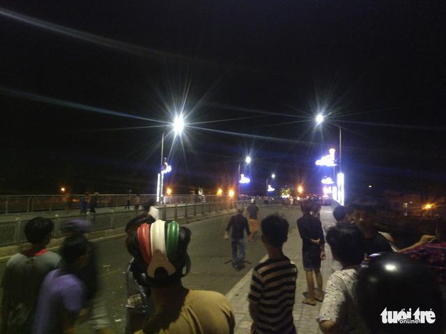 Đã khởi tố 32 bị can trong các vụ gây rối ở Bình Thuận - Ảnh 2.