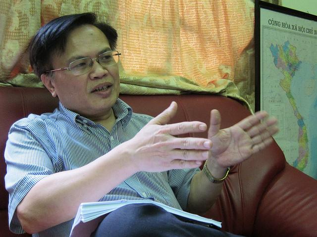 Tiến sĩ Nguyễn Đình Cung: Khó sửa 9 luật vì lợi ích cài cắm - Ảnh 2.