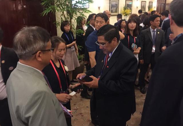 Nhiều doanh nhân Việt kiều nằm trong danh sách tỉ phú thế giới - Ảnh 1.