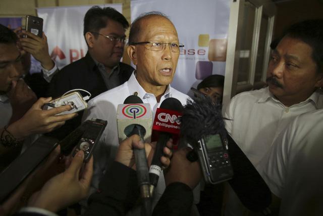 Philippines thừa nhận không đủ sức bảo vệ lãnh thổ - Ảnh 1.