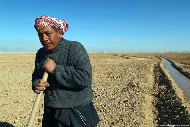 Trung Đông lo đổi dầu lấy nước - Ảnh 1.